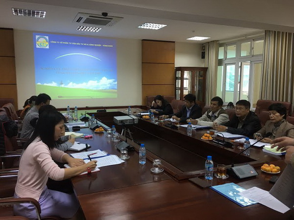"Conference to accept and evaluate ""Study of optimizing coal preparation and transport in Ha Long region by 2020"" at grassroots level"